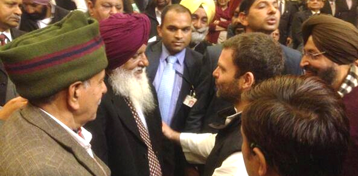 Rahul Gandhi assures ex-servicemen full support on One Rank One Pension issue